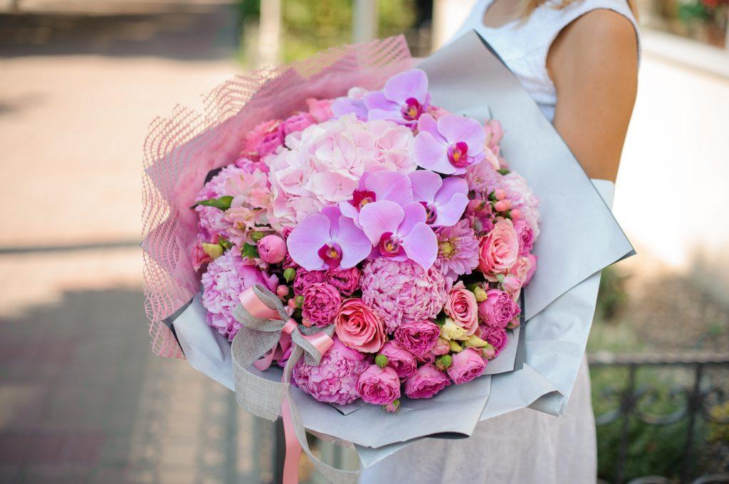 Fleurs Sur Mesure Pink Fresh Flower Bouquets